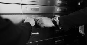 What Is A Safety Deposit Box And Things To Consider While Choosing It?